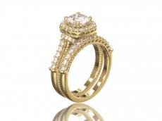 """Кольцо для помолвки """"Бриджит"""" из золота с фианитами."""