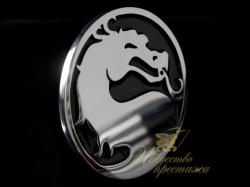 Автомобильный шильдик Dragon