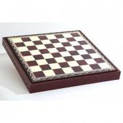 Шахматное поле, красное