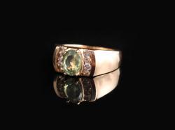 Перстень с хризолитом (золото 585)