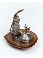 Серебреная Статуэтка Зайчик с морковками